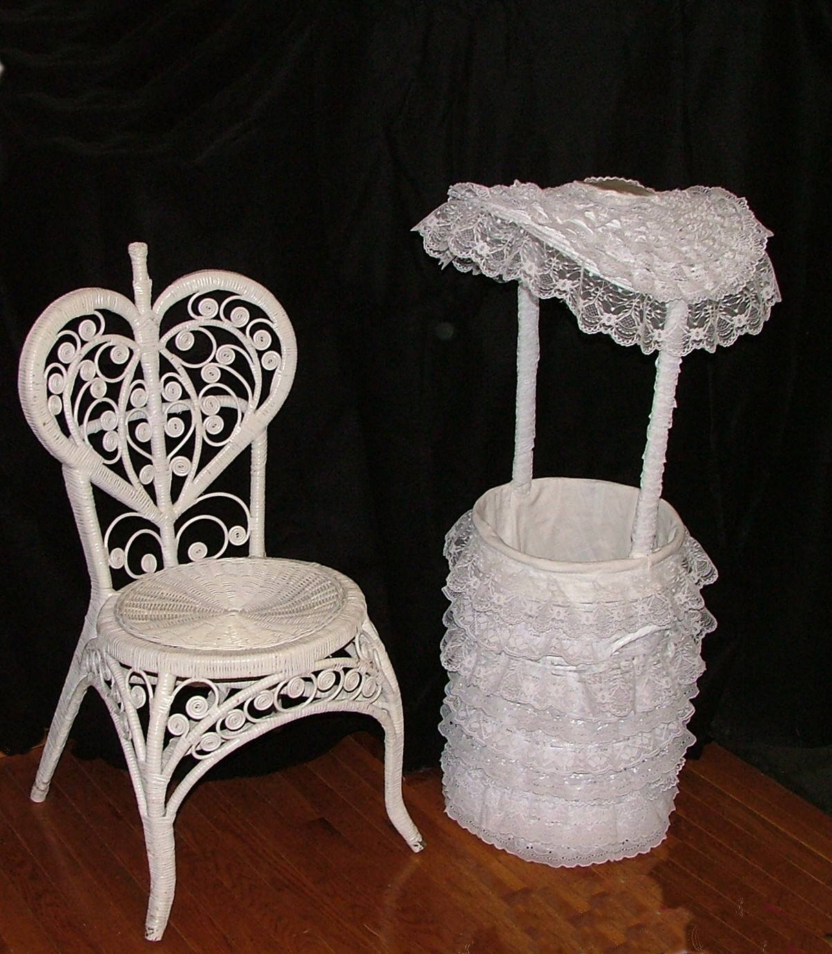 baby shower chair for mom